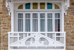 Le Pouliguen est une ville de l'ouest de la France, située dans le département de Loire-Atlantique, dans la région des Pays de la Loire. Elle fait partie du pays de Guérande, un des pays traditionnels de la Bretagne